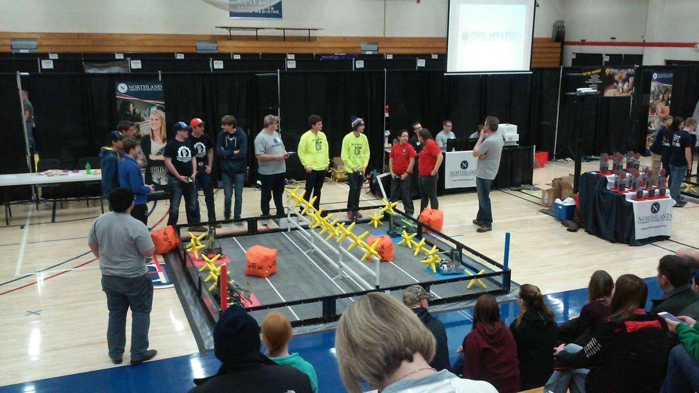 The Mahnomen Robotics Team Competing